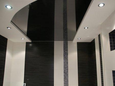Черный натяжной потолок в ванной