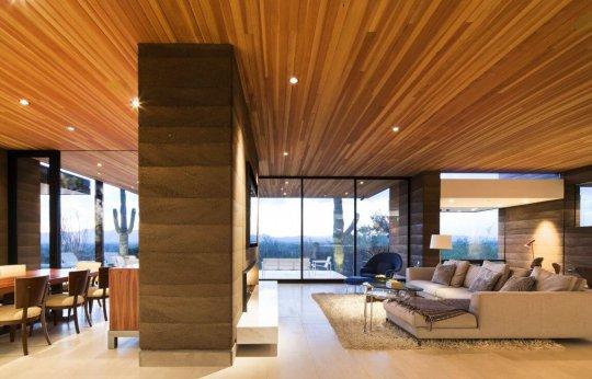 Деревянный натяжной потолок
