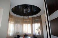 Круглый натяжной потолок для кухни