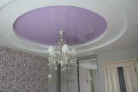 Круглый натяжной потолок для спальни