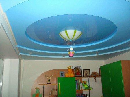 Круглый натяжной потолок в детской