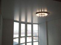 Натяжной потолок для балкона