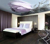 Натяжной потолок с фотопечатью (цветок)