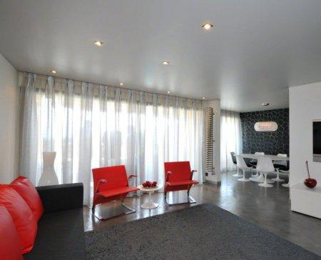 Одноуровневый сатиновый натяжной потолок