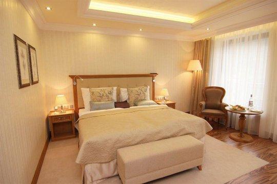Парящий потолок для спальни