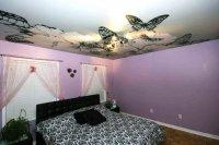 Спальня с фотопечатью бабочек