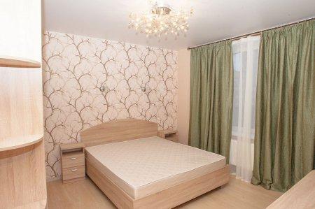 Спальня с сатиновым потолком