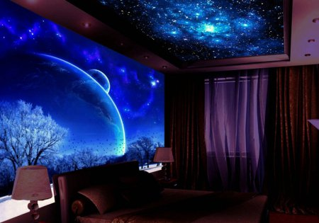 Звездное небо на потолке в спальне